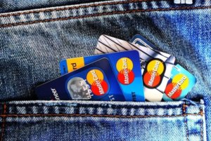 Универсальные банковские карты